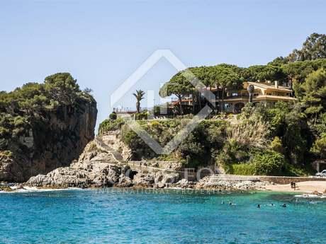 Villa for sale in Blanes on the Costa Brava, Spain