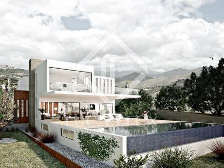 3-bedroom villa to buy off plan in East Marbella