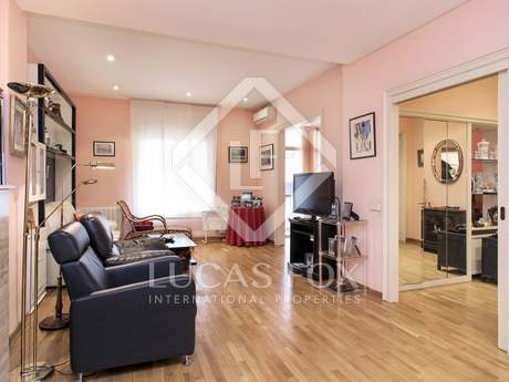 Large 5-bedroom apartment for sale in Galvany, Barcelona