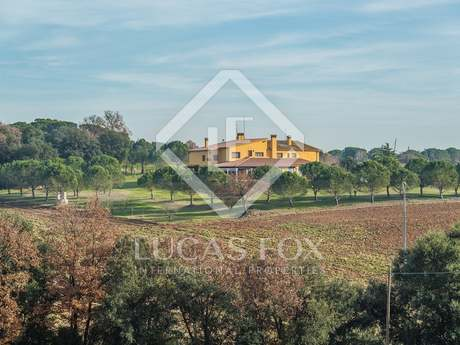 Inland Girona country property for sale near Girona airport