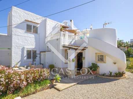 Casa unifamiliar de 3 dormitorios, en venta en Santa Eulalia
