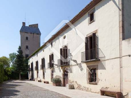 Fortified 16th century villa for sale near Barcelona city