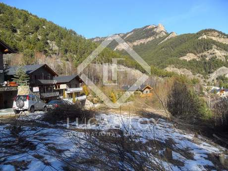 Building plot for sale in Andorra | Vallnord skiing area