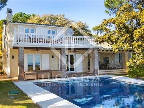 Casa / Vil·la de 460m² en venda a Benahavís, Andalusia