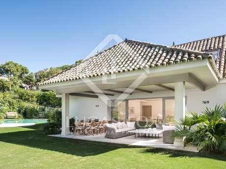 Luxury 5-bedroom golf villa for sale in Marbella