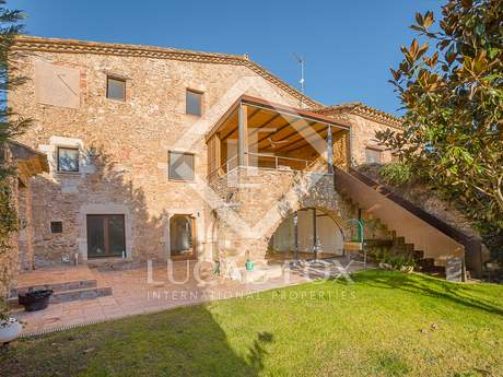 在 Baix Emporda, 赫罗纳 270m² 出售 豪宅/别墅