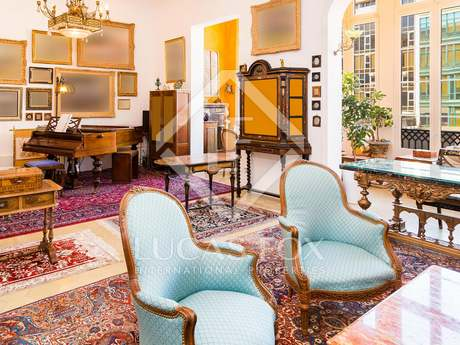 Special apartment for sale in Barcelona's Eixample district