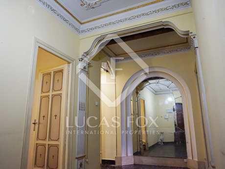 Apartamento a reformar en venta en Extramurs, Valencia