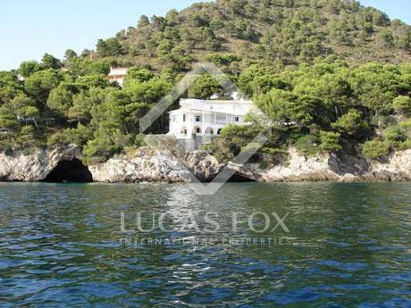 8-bedroom villa for sale, Costa de Los Pinos, East Mallorca