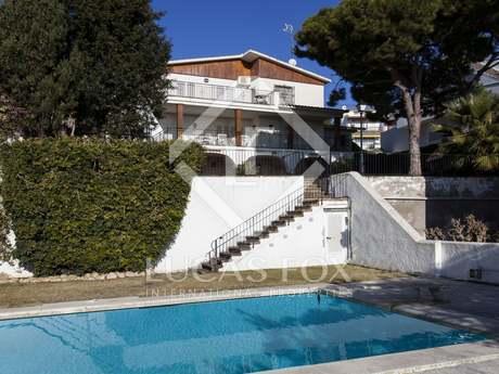 227m² Hus/Villa till salu i Vallpineda, Sitges