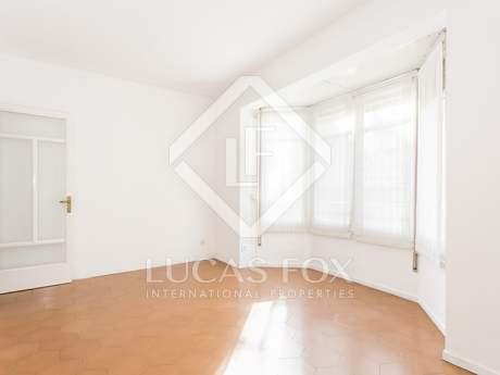 Квартира 85m² на продажу в Грасия, Провинция Барселона