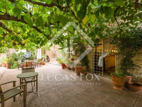 Hotel and restaurant for sale Baix Emporda, Girona