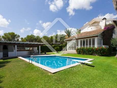 Classic villa in Santa Barbara for sale, amazing sea views
