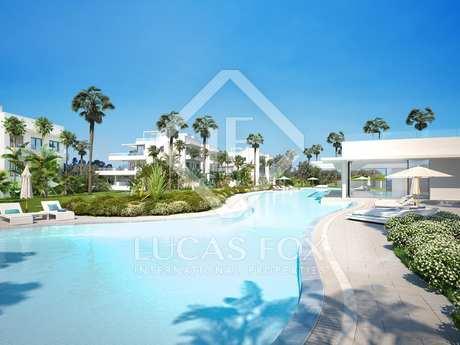 Apartamento de 113 m² con jardín en venta en Marbella Este