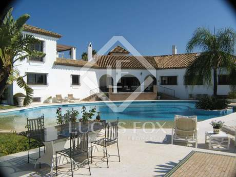 Casa / Vil·la de 835m² en venda a New Golden Mile / Los Flamingos