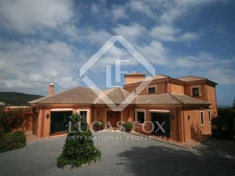 Luxueuse villa 4 pièces en vente à Sotogrande Alto