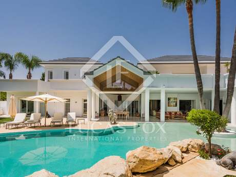 Luxury 6 bed, beachside villa for sale, Guadalmina, Marbella