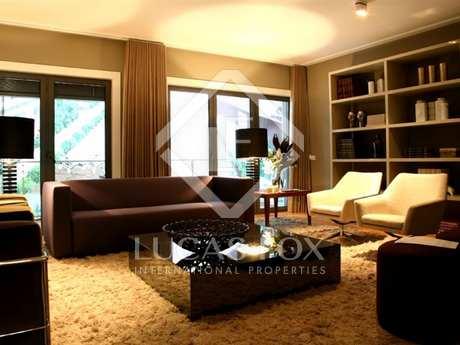 Appartamento di 202m² in vendita a ,