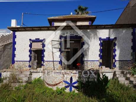 Maison / Villa de 235m² a louer à Playa de la Malvarrosa