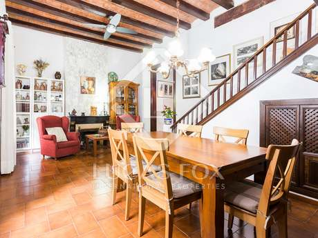 3-bedroom apartment for sale on Calle Escudellers Blancs