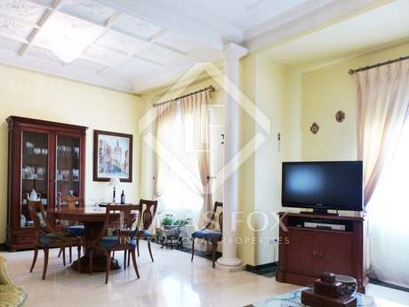 Spacious 180 m² property for sale in the Gran Via area