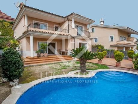 Casa / Villa di 460m² in vendita a Premià de Dalt, Maresme