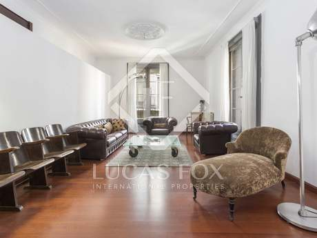 328m² apartment for sale in the Gothic area, Barcelona