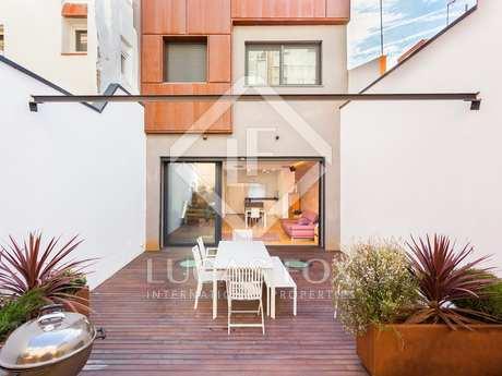 2-bedroom, 2-bathroom house with garden to rent in Poblenou