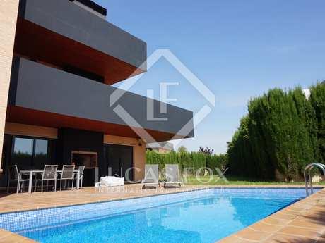 440m² Hus/Villa med 200m² terrass till salu i Godella / Rocafort