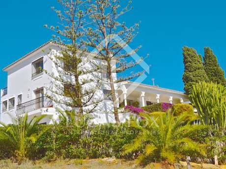 4-bedroom villa for sale in El Rosario, East Marbella