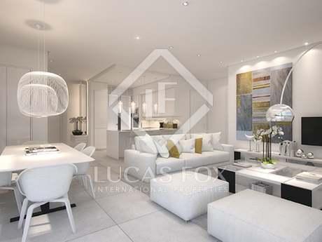 Ático de 3 dormitorios con terraza en venta en Ojén