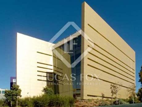 在 里斯本市区, 葡萄牙 7,785m² 出售 Building 包括 花园 2,664m²