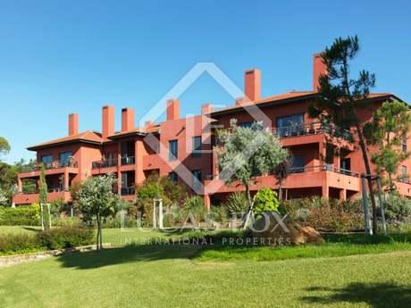 Квартира 184m², 226m² Сад на продажу в Кашкайш и Эшторил
