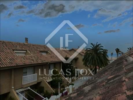 Casa adosada en alquiler en la playa de la Patacona