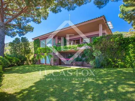 Villa de 410m² en venta en Premià de Dalt, Maresme