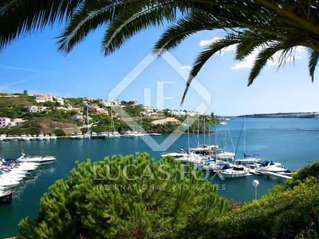 Villa for sale in Cala Llonga, Menorca
