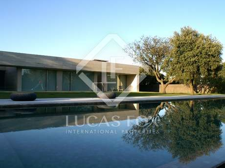 Special house for rent in La Finca, Madrid