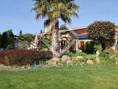 Country villa with panoramic sea views for sale. Cascais