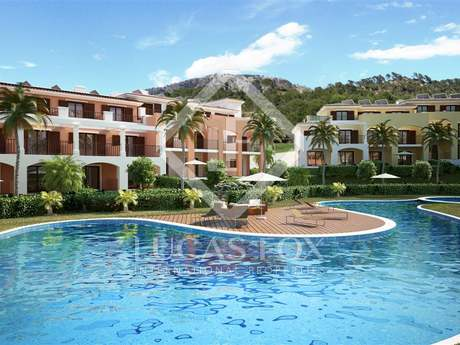 New development of houses for sale in Camp de Mar Mallorca