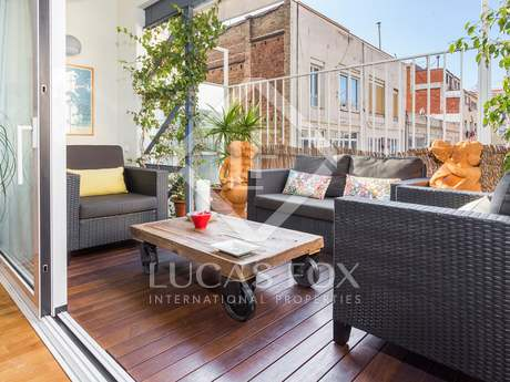 Excellent penthouse for sale in Barcelona centre