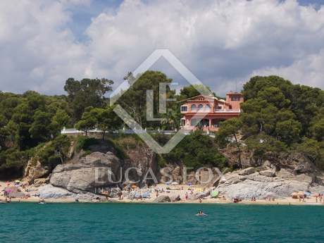 Luxury Costa Brava firstline property for sale