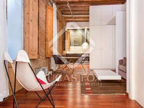 Charming loft apartment for sale in El Born, Barcelona