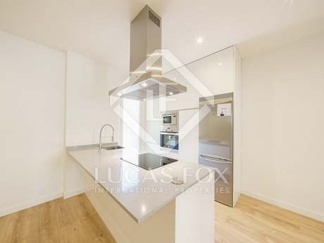 162m² apartment for sale in Almagro, Madrid
