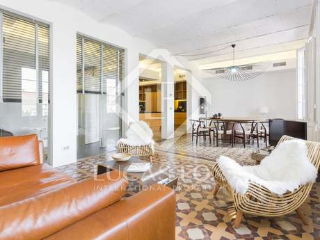 256m² apartment with terrace for sale in the Gothic area