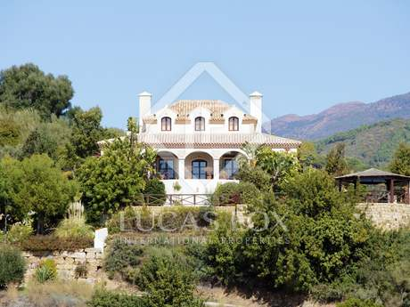Villa lujosa en venta en Monte Mayor, Benahavís, Marbella