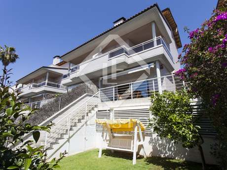 210m² house for sale in Levantina, Sitges