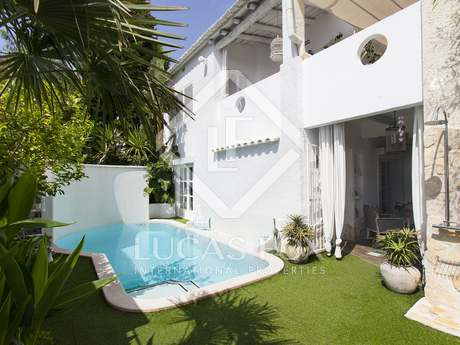 146 m² house for sale in Sitges Town, Sitges
