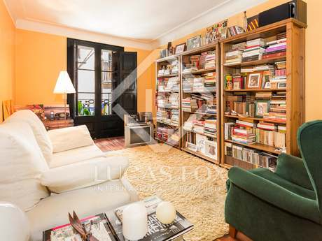 Cosy apartment for sale in on Banys Vells, Barcelona