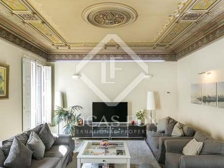 Apartamento de 4 dormitorios en venta en Consell de Cent
