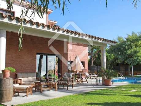 Casa / Villa di 350m² in vendita a Premià de Dalt, Maresme